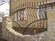 Кована огорожа,  пліт,  паркан,  забор кований.