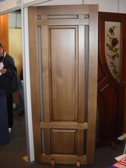 Ексклюзивні двері з масиву сосни