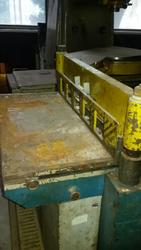 Пневмоножницы ширина стола 900 мм