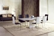 Лакированные столы от польских производителей Halmar и Signal
