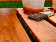 Льняное масло Сохранение внешнего вида. Прозрачное покрытие сохраняет